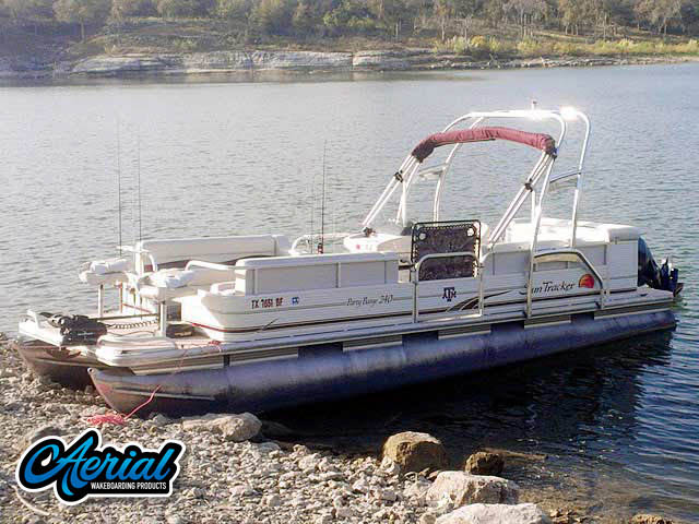 Wakeboard tower for 2010 Sun Tracker Party Barge 240 pontoon boat