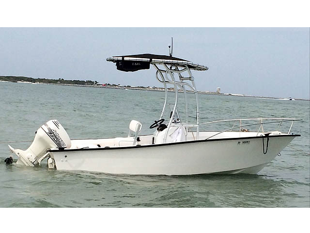 t top for 2000, Key Largo 180cc center console boat