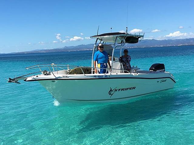 t top for 2005 SeaSwirl Striper 25 Center Console  center console boat