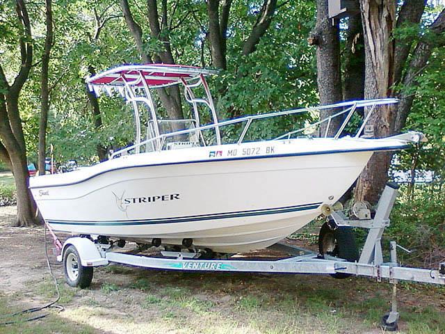 t top for 2000 Seaswirl Stiper center console boat