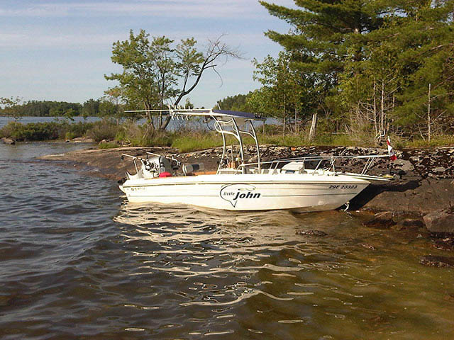 t top for 1990 Grew - 19ft center console boat