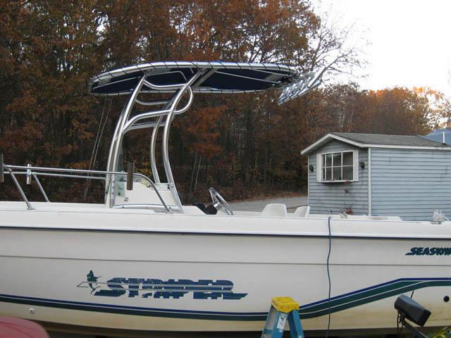 t top for 1995 Seaswirl Striper center console boat