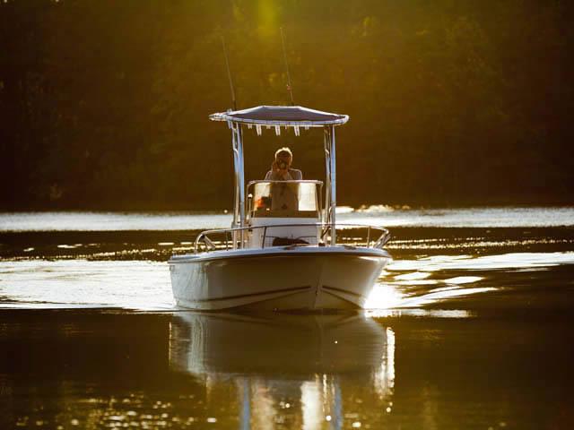 t top for 2002 Triton Sea Hunt center console boat