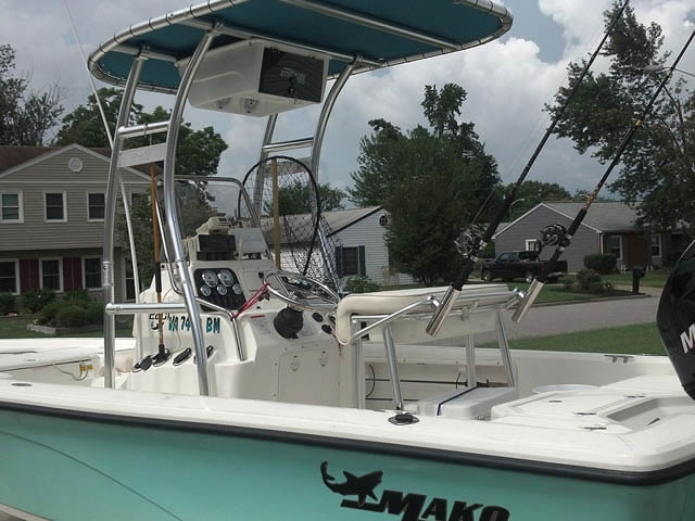 T top for 2009 Mako 2201 CC boats 46607-2