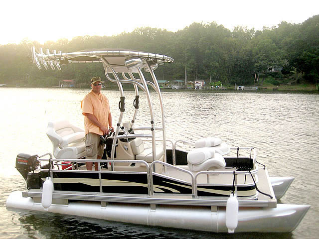 t top for Godfrey Sea Ryder Pontoon / Custom center console boat