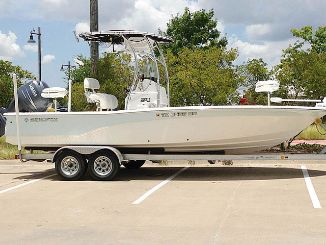 t top for 2012 SeaFox 2200XT Pro center console boat