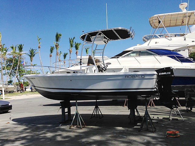 t top for 1977 Robalo center console boat