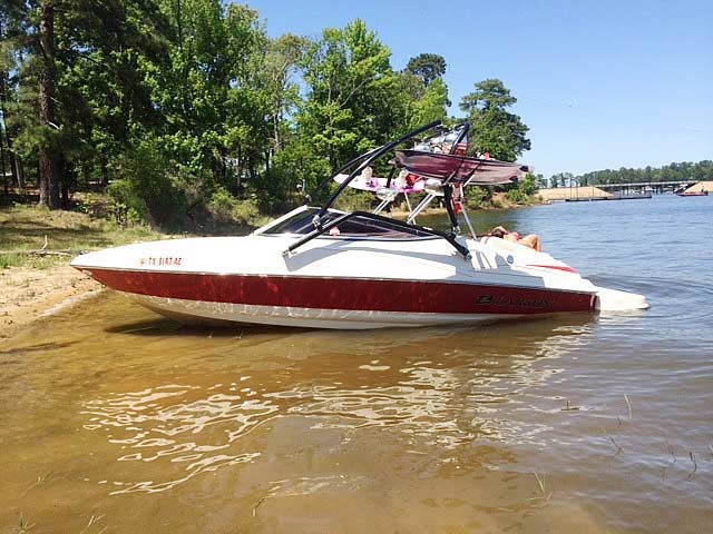 2006 Larson Senza 186 boat wakeboard tower