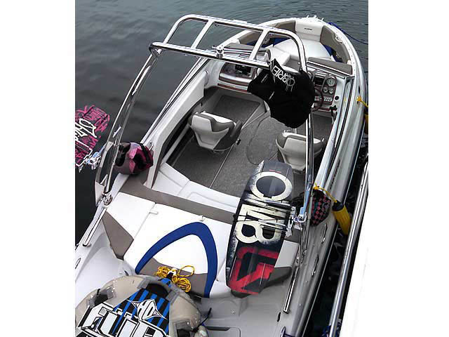 2013 Glastron GLS 215 boat wakeboard tower