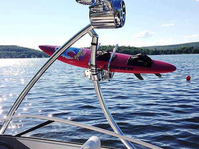 Campion Allante 505ss boat wakeboard towers installed on 01/15/2014