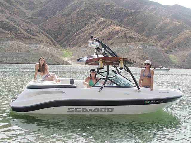 2005 Sea Doo Utopia 185 boat wakeboard tower