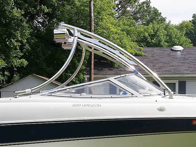 1996 Four Winns 200 Horizon boat wakeboard tower