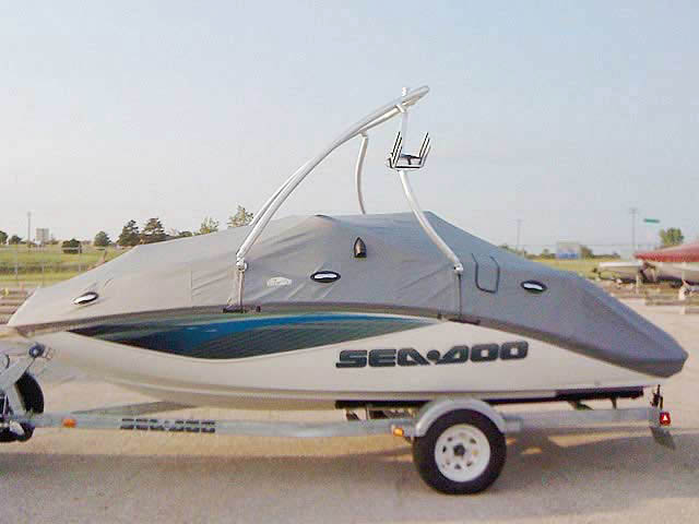 Seadoo challenger 180SE 2008 boat wakeboard towers