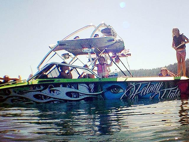 1989 Ski Brendella boat wakeboard tower