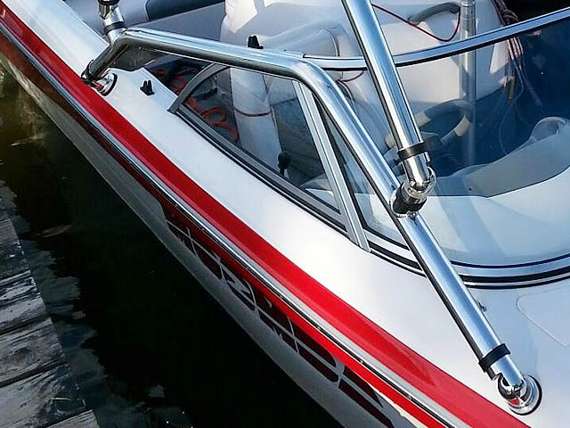 2002 Moomba Outback LS boat wakeboard tower