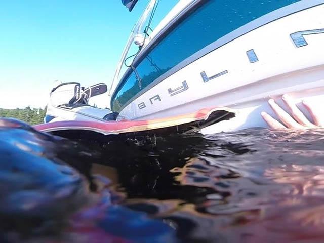 2000 Bayliner 1850 Capri LX boat wakeboard tower