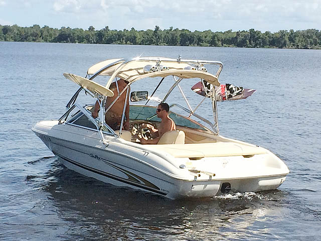 2001 Sea Ray 185 Sport  boat wakeboard tower
