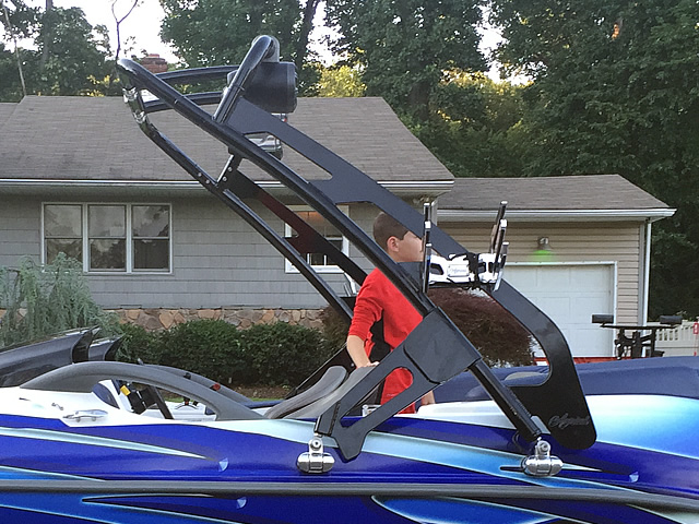 2001 Sea Doo Challenger 2000 240hp boat wakeboard tower