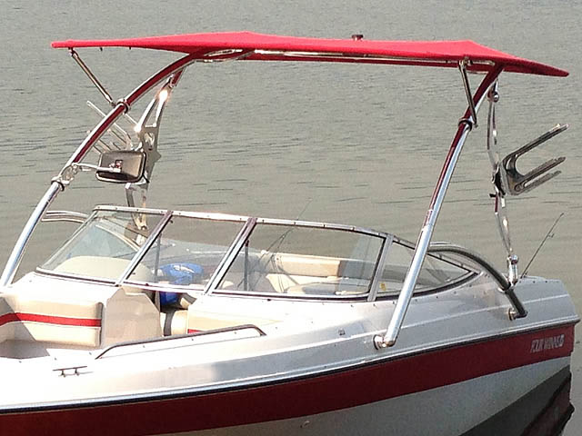 1994 Four Winns 180 Horizon SE boat wakeboard tower