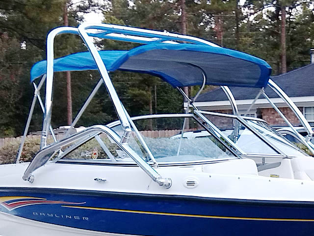 2007 Bayliner 185  boat wakeboard tower