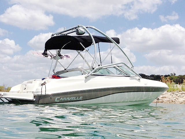 2003 Caravelle 187 Bowrider boat wakeboard tower