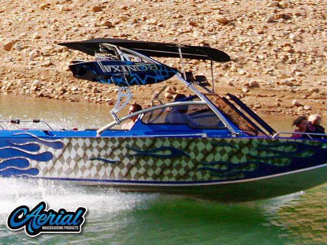 2002 Boice Jet Endevor boat wakeboard tower