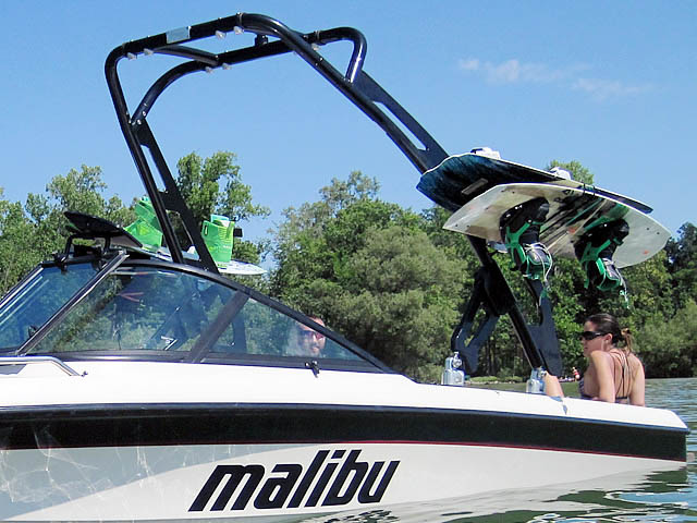 1998 Malibu boat wakeboard tower