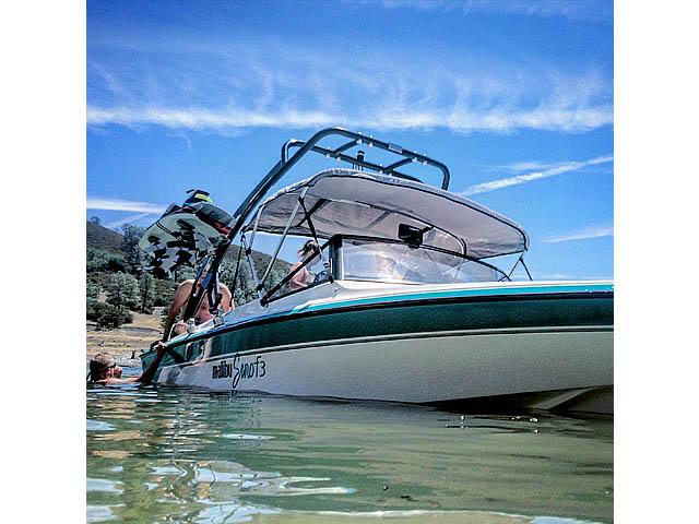 1991 Malibu Euro F3 boat wakeboard towers