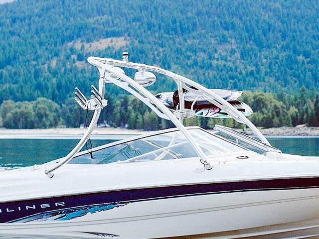 1998 Bayliner 185 Capri  boat wakeboard tower