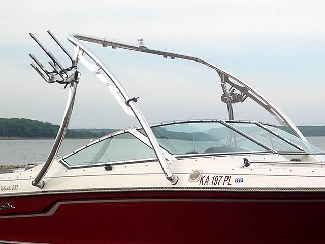 1992 Regal Valanti 200 bowrider boat wakeboard tower