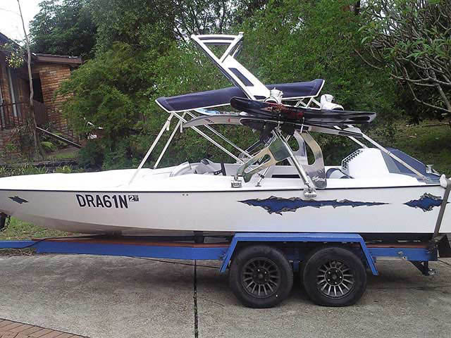 Custom 1980 Hallet Bow Rider boat wakeboard tower