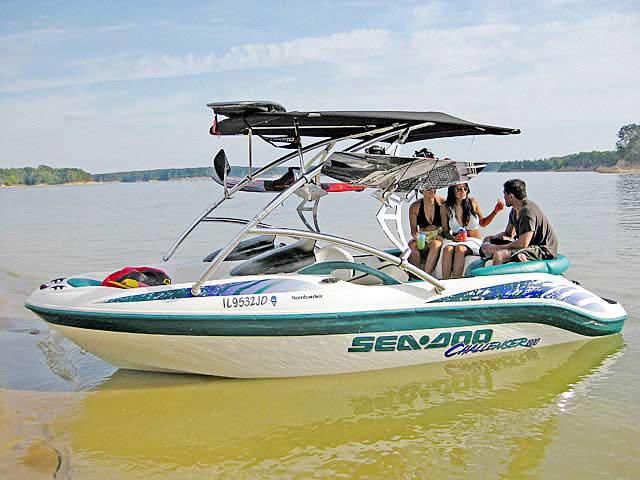 1998 Seadoo Challenger 1800  boat wakeboard towers