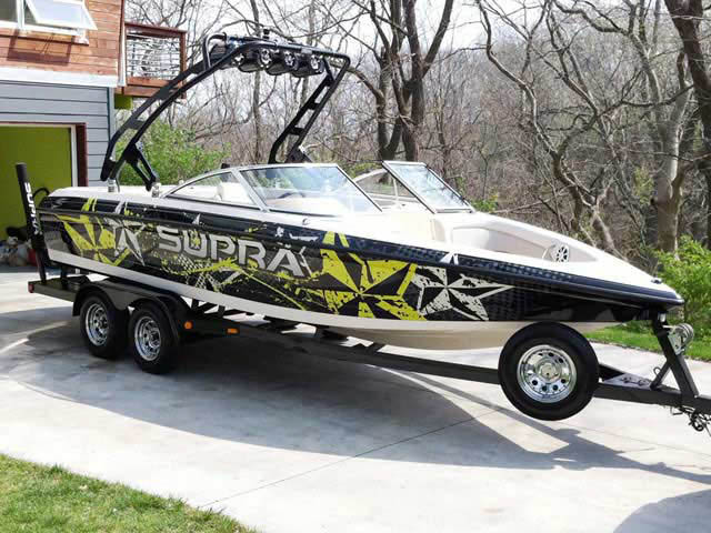 1999 Supra Santera boat wakeboard tower