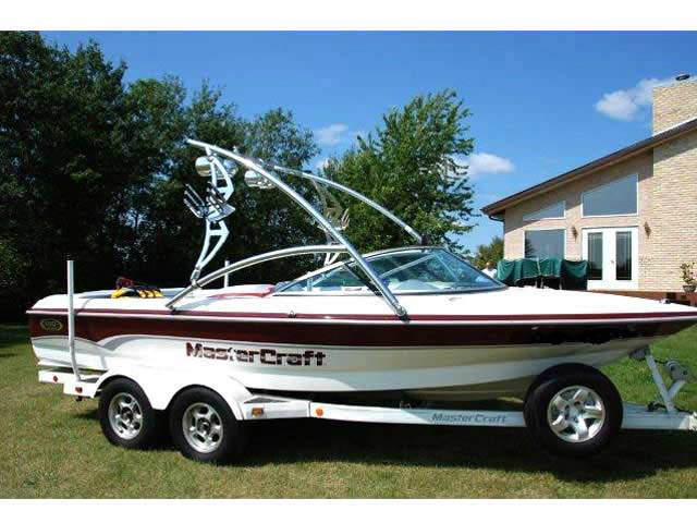 Assault Tower ski tower Installed on 2000 mastercraft prostar 190 Boat