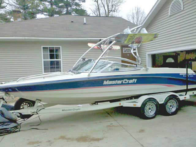 wakeboard towers for 94 Mastercraft Maristar 225VRS boats using Aerial Assault Tower