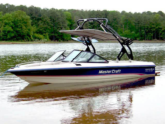 wakeboard towers for 1994 MasterCraft Prostar 205  boats using Aerial FreeRide Tower with Bimini