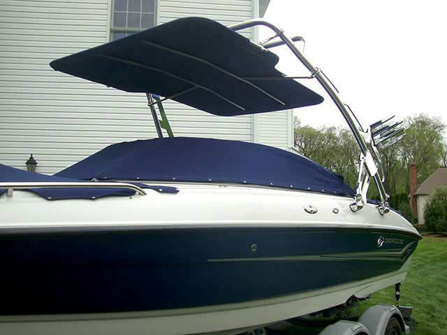 2004 Crownline 220 boat wakeboard tower