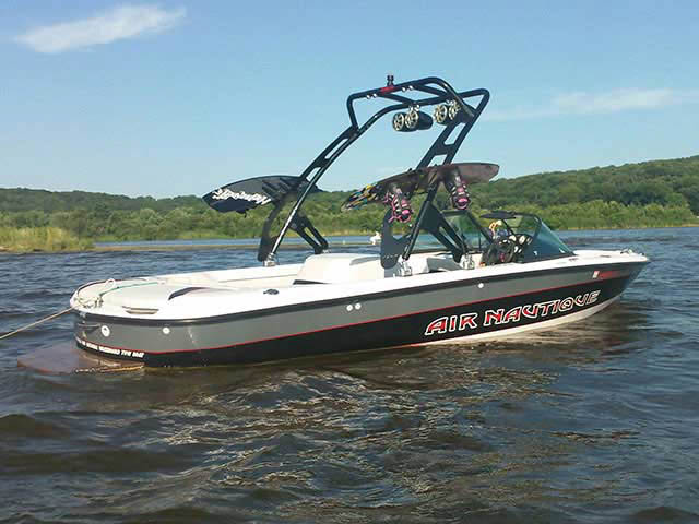 FreeRide Tower ski tower Installed on 1998 Air Nautique Boat