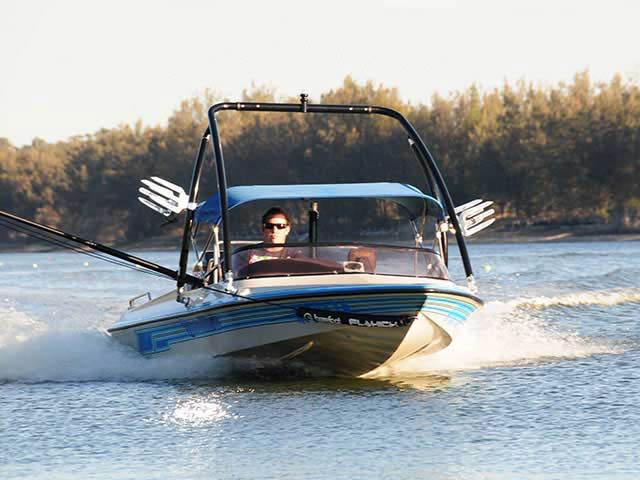 1994 Malibu Flight Craft 18XL boat wakeboard tower