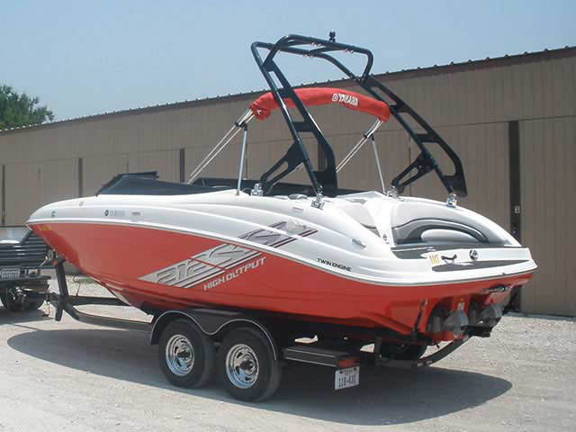 2008 Yamaha 212ss boat wakeboard tower