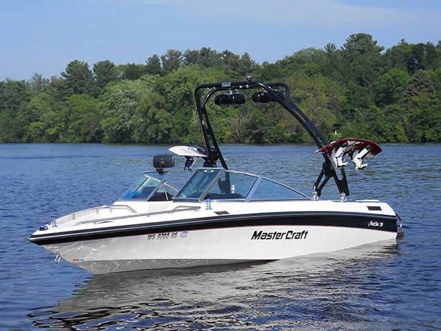wakeboard towers for 1990 Mastercraft Maristar 210 boats using Aerial FreeRide Tower
