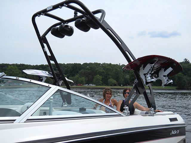 1990 Mastercraft Maristar 210 tower