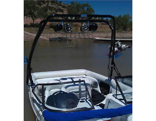 1998 Tige 2200iwt boat wakeboard tower