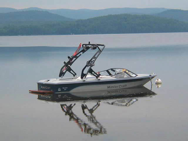 FreeRide Tower ski tower Installed on 1987 Mastercraft Prostar 190 Boat