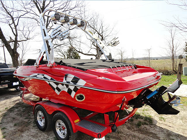2009 Crownline LPX boat wakeboard towers