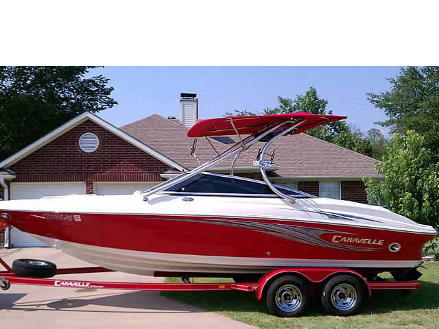 2008 Caravelle 237 LS boat wakeboard towers