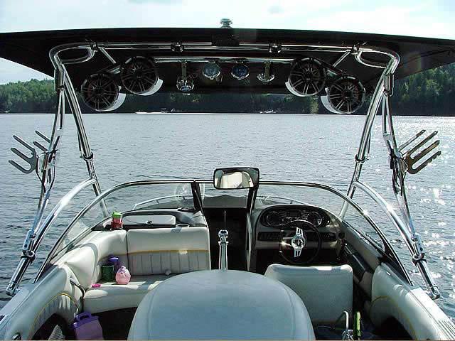 2006 Malibu Response LXi boat wakeboard tower