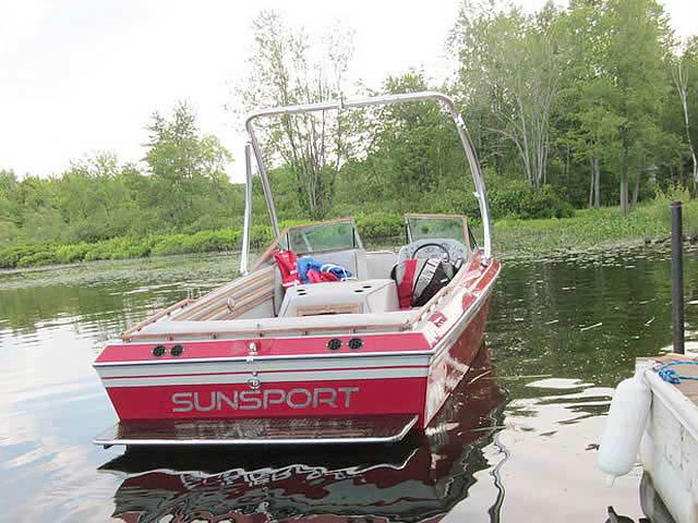 1986 Supra Sunsport Skier boat wakeboard tower