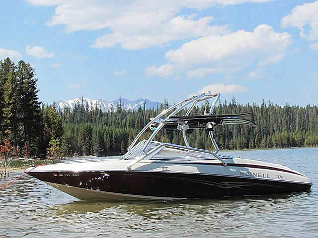 wakeboard tower for 2004 Reinell boat reviewed 07/18/2012
