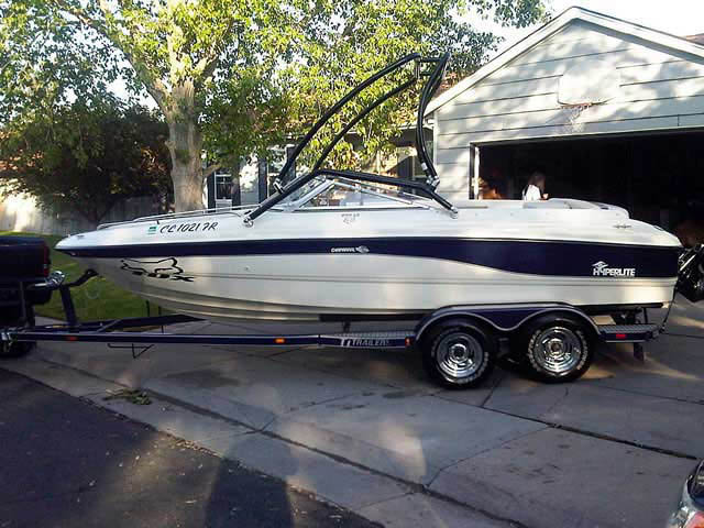 Chapperell 200le 1999 boat wakeboard tower